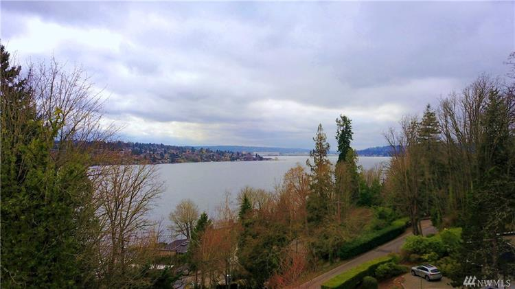 7442 92nd Ave SE, Mercer Island, WA 98040