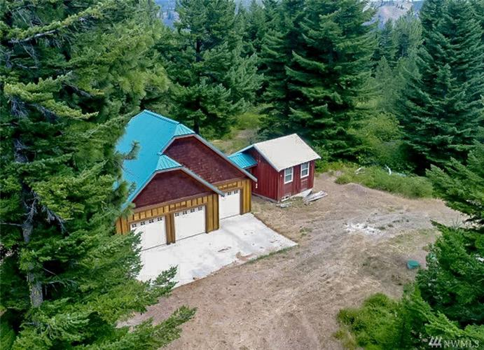 1330 Black Hawk Dr, Cle Elum, WA 98922