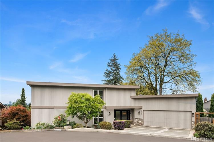 10701 NE 42nd Place, Kirkland, WA 98033