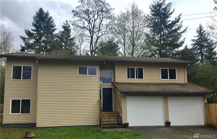 8237 NE 140th Place, Kirkland, WA 98034