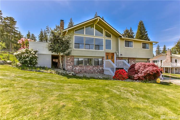 438 Elderberry St, Oak Harbor, WA 98277