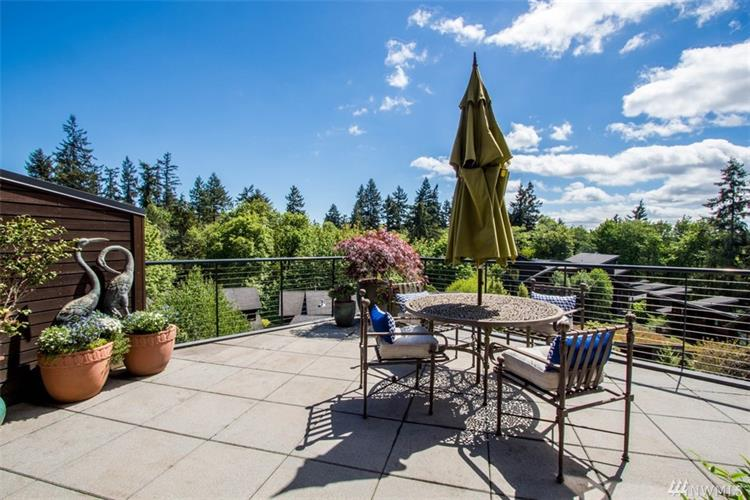 620 Vineyard Lane, Bainbridge Island, WA 98110