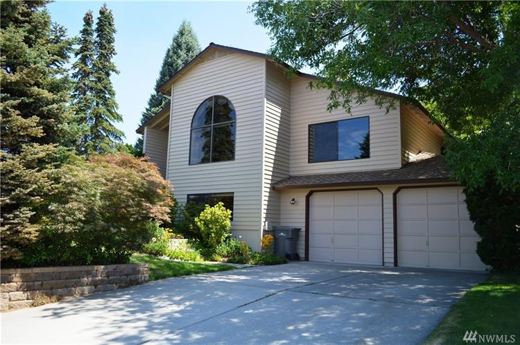 2021 Autumn Place, East Wenatchee, WA 98802