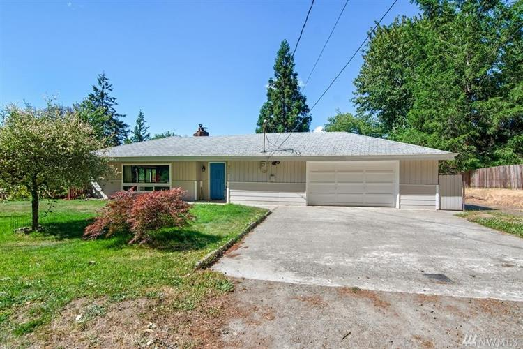 952 Salmonberry Rd, Port Orchard, WA 98366