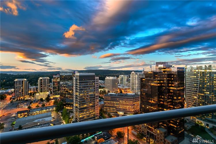 10700 NE 4th St, Bellevue, WA 98004