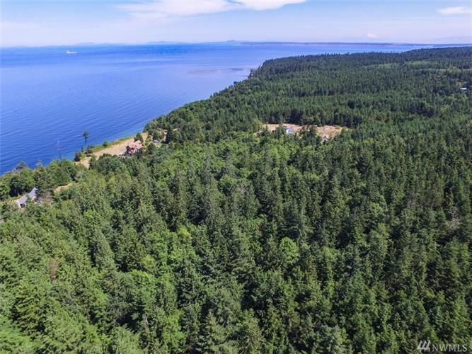 9999 Middlepoint Rd, Port Townsend, WA 98368