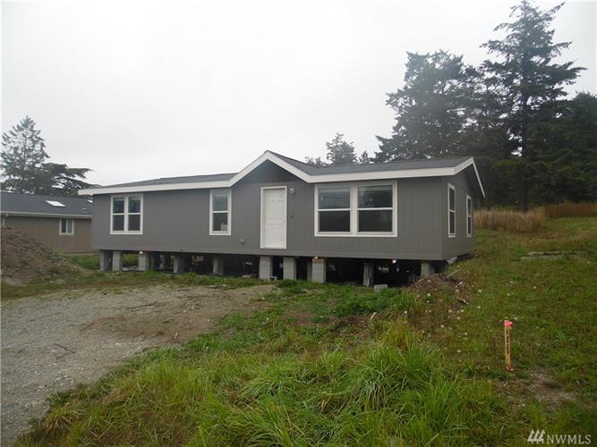 1018 Shawn Ave, Oak Harbor, WA 98277