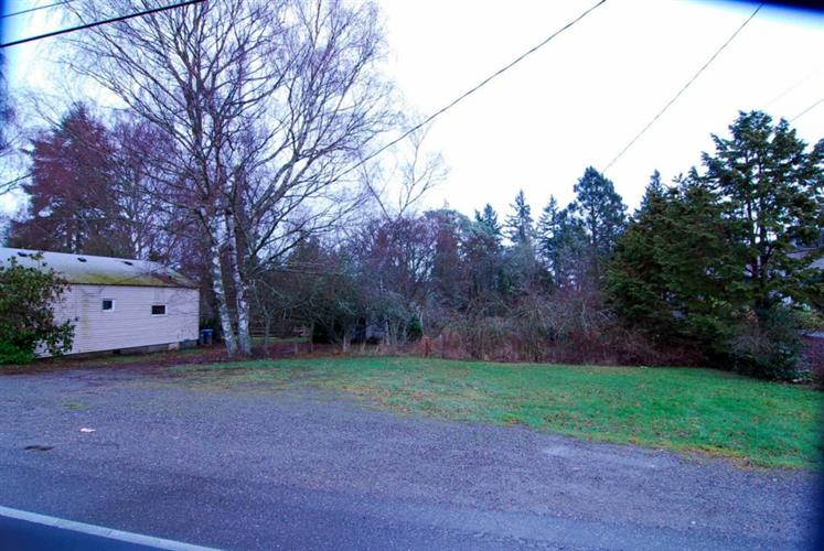2540 Perry Ave, Bremerton, WA 98312