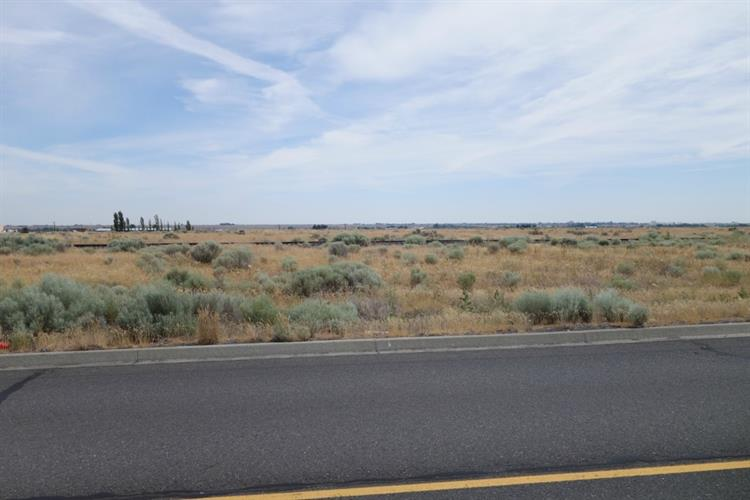 0 Road I, Moses Lake, WA 98837