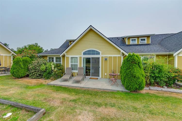 1726 Edwards Dr, Point Roberts, WA 98281