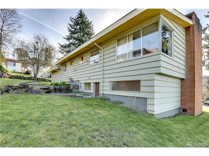 2208 NE 6th Ct , Renton, WA