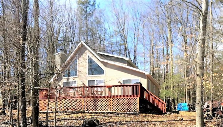 1008 Mountain Top Dr, Lake Ariel, PA 18436