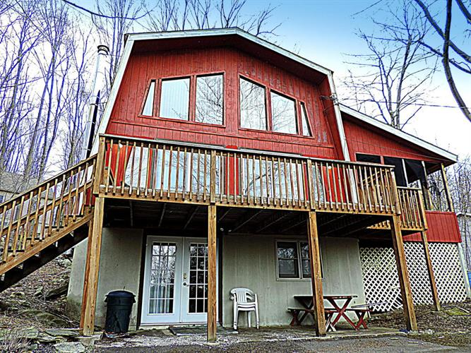 1379 Woodview Ter, Lake Ariel, PA 18436 - Image 1