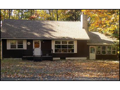 6 Forest Dr, Lakeville, PA