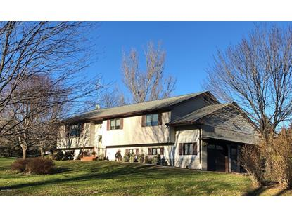 22 Stourbridge Ln Honesdale, PA MLS# 18-5290