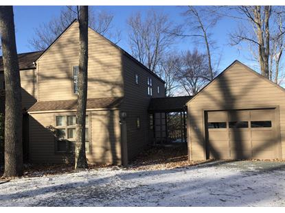 134 Woodmont Cir Greentown, PA MLS# 18-5316