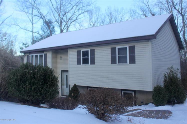 6516 Moschella CT, East Stroudsburg, PA 18302