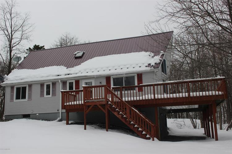 309 Mountain Top Lake RD, Long Pond, PA 18334