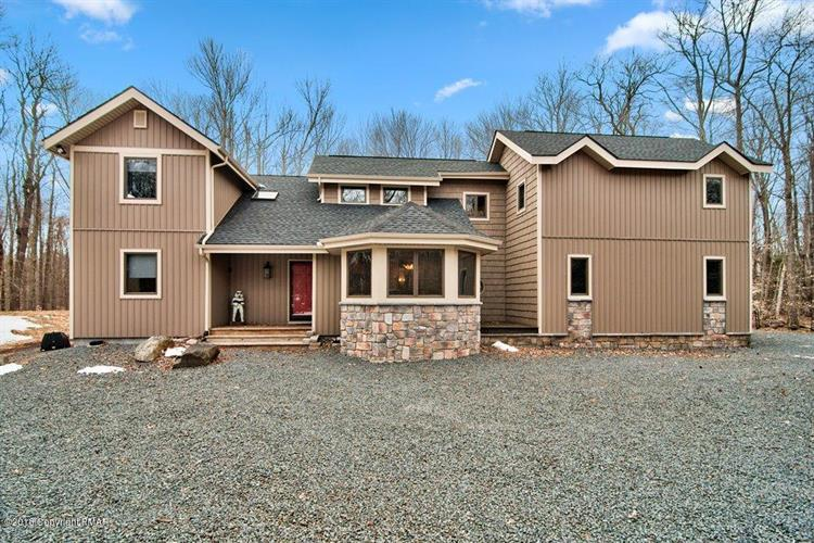 129 Outpost Way, Pocono Pines, PA 18350