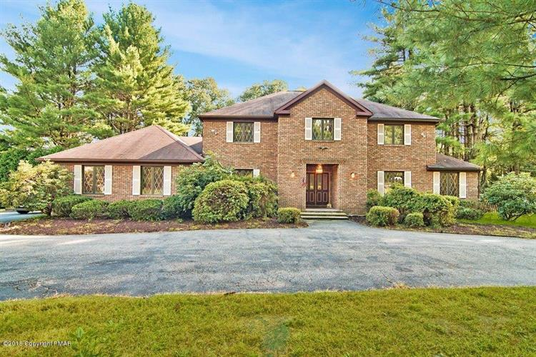 217 Overlook Dr, Stroudsburg, PA 18360 - Image 1