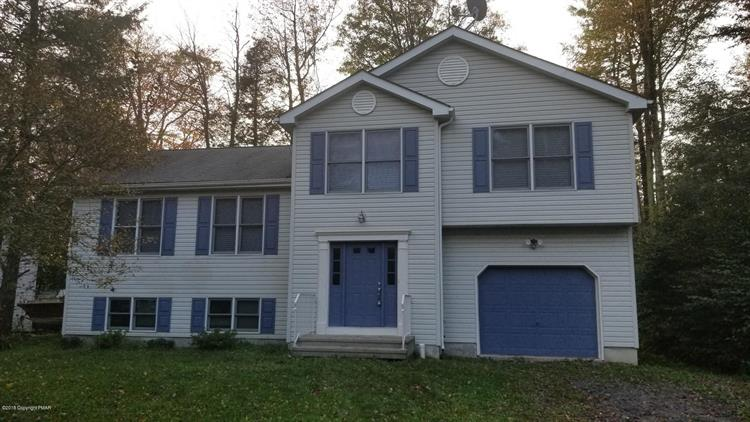 2130 Freedom Way, Tobyhanna, PA 18466