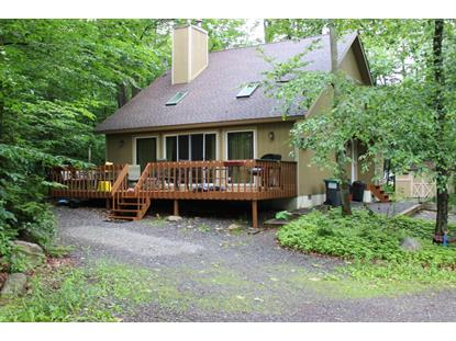 111 Red Maple Ln, Tobyhanna, PA