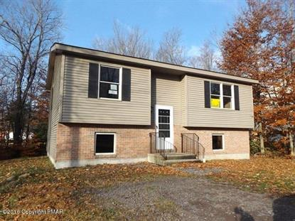 1206 Fern Dr, Pocono Summit, PA