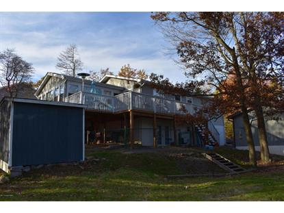 122 Country Ct, Long Pond, PA