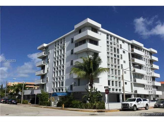 8001 Byron Ave # 3D, Miami Beach, FL 33141