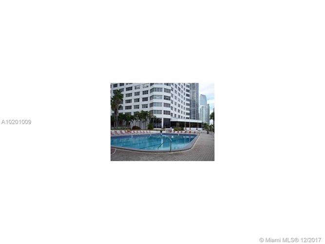 999 BRICKELL BAY DR, Miami, FL 33131