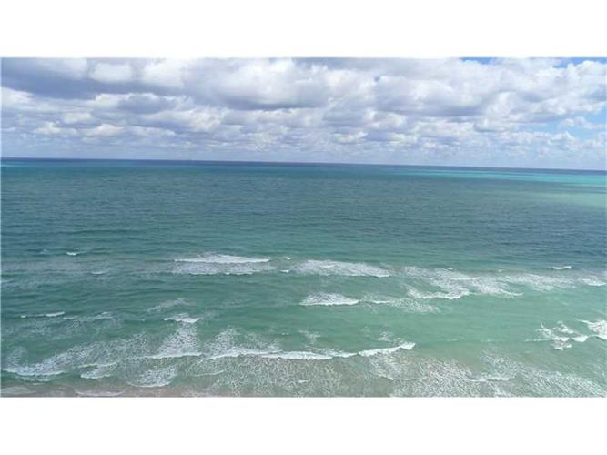 17375 Collins Ave, Sunny Isles Beach, FL 33160