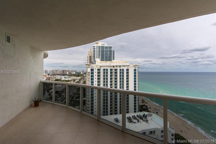 17201 Collins Ave, Sunny Isles Beach, FL 33160