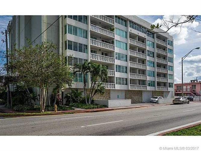 8233 Harding Ave, Miami Beach, FL 33141