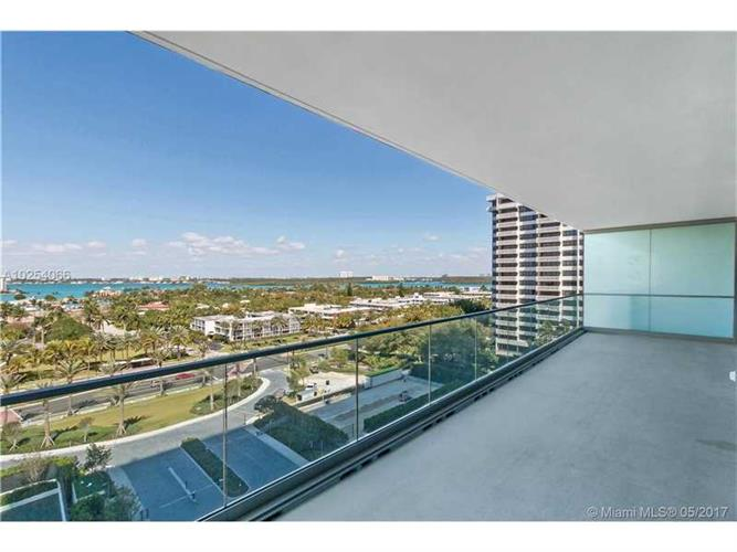 10201 Collins Ave., Bal Harbour, FL 33154