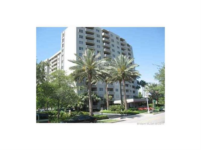 90 Edgewater Dr # 802, Coral Gables, FL 33133