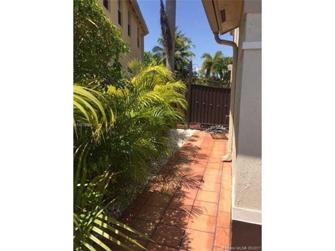 Miami Fl 33185 Real Estate Mls A10278569