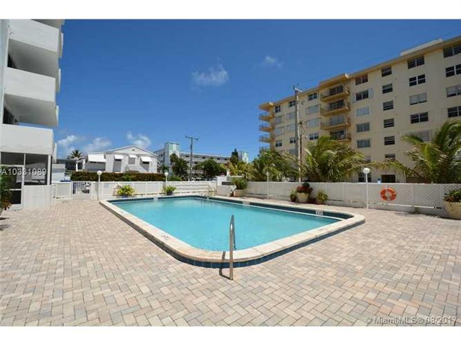 1701 S Ocean Dr, Hollywood, FL 33019
