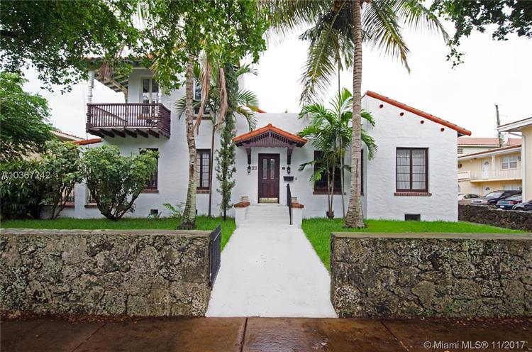 36 Phoenetia Ave, Coral Gables, FL 33134