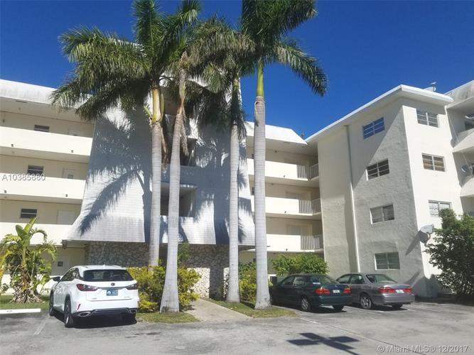 3 Bedroom Condo For Sale In Miami Fl 33143 Mls A10385880