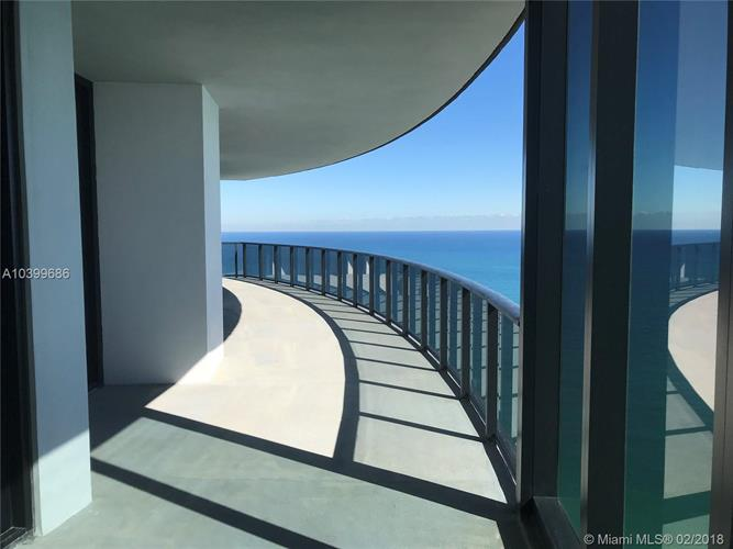 18555 Collins Ave, Sunny Isles Beach, FL 33160 - Image 1