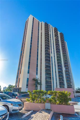 20335 W Country Club Dr, Aventura, FL 33180 - Image 1