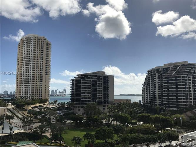 801 Brickell Key Blvd, Miami, FL 33131