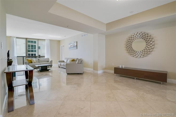 16275 Collins Ave, Sunny Isles Beach, FL 33160