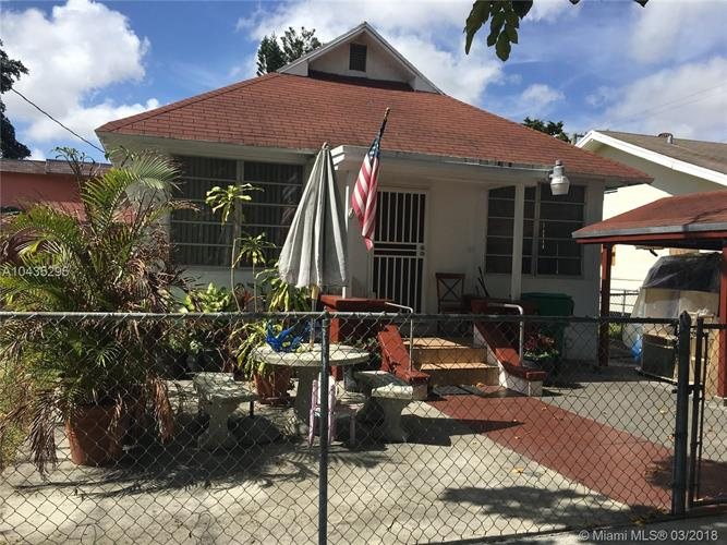 136 NW 11th Ave, Miami, FL 33128