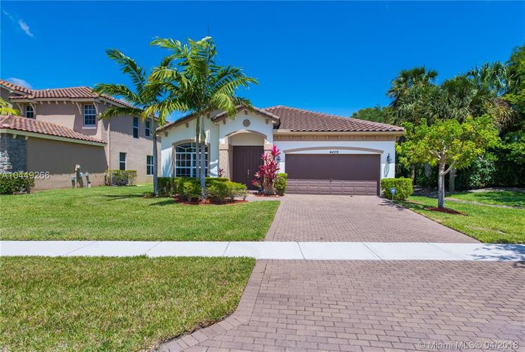 4609 CAPITAL DR, Lake Worth, FL 33463