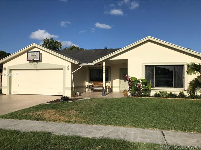 5236 NW 99th Ave, Sunrise, FL 33351
