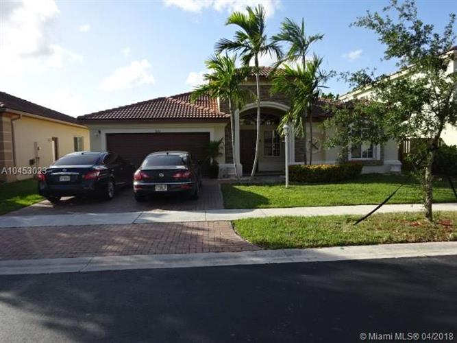 3551 NE 11th Dr, Homestead, FL 33033