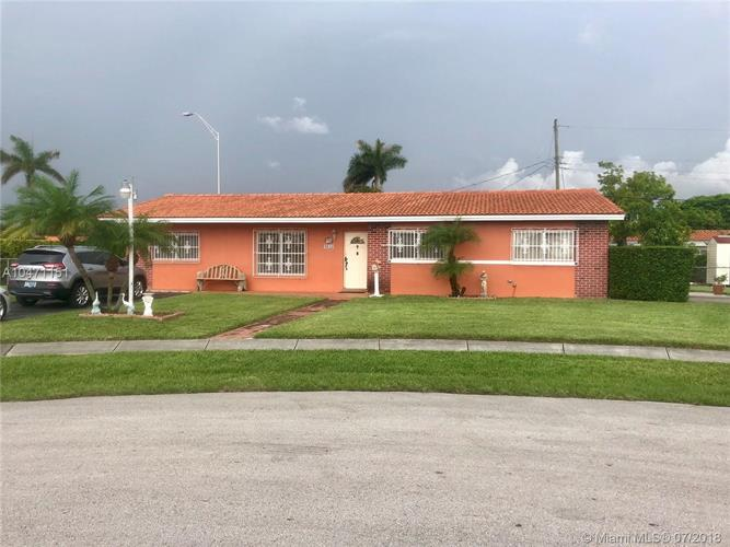 9645 SW 10th Ter, Miami, FL 33174
