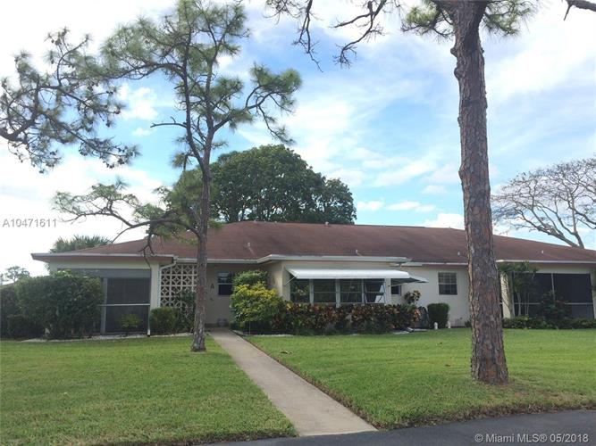4830 NW 4th St, Delray Beach, FL 33445