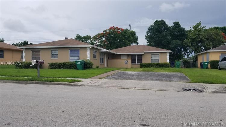18645 SW 100th Ave, Cutler Bay, FL 33157